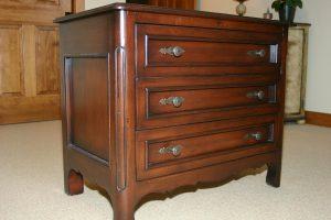 bend furniture grade traditional dresser